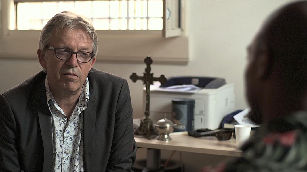 Een koepel vol verhalen 2 - Documentaire - Olaf Koelewijn