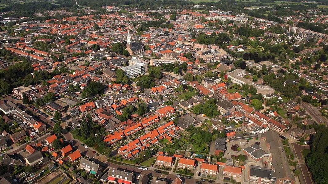 Nijkerk 600 jaar in een dag 2 - Documentaire - Olaf Koelewijn
