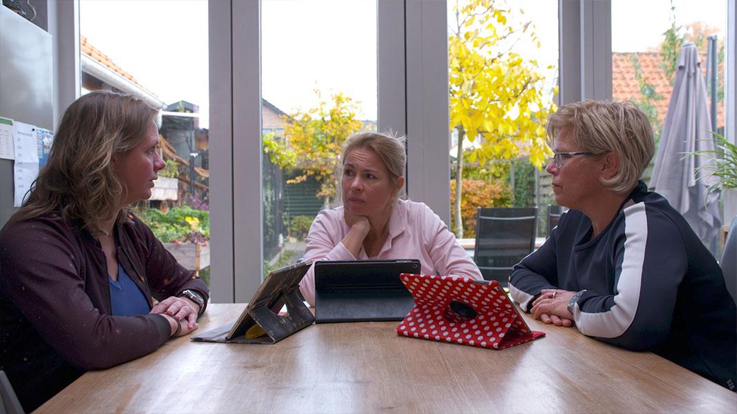 Thuismoeder in de politiek - Documentaire - Olaf Koelewijn